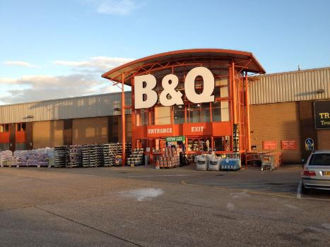 B and Q in Chingford