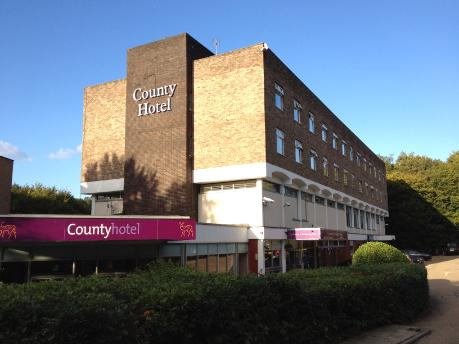 County Hotel in Woodford