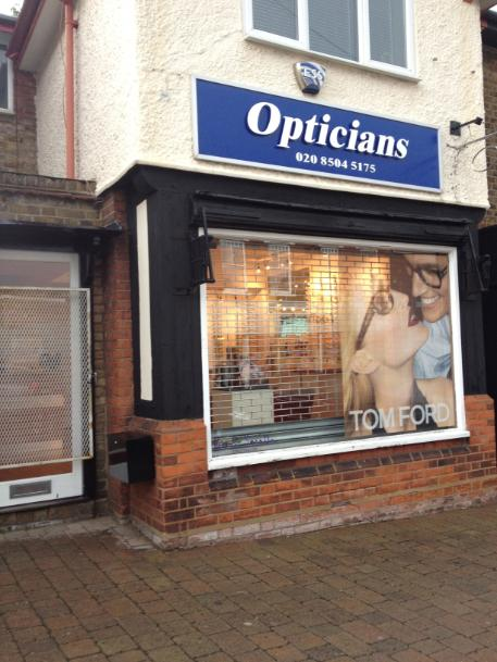 Queens Road Opticians in Buckhurst Hill